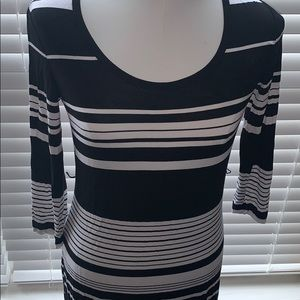 Calvin Klein dress white / black stripes.Bodycon Maxi S 6